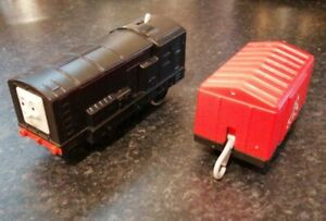 THOMAS & FRIENDS MOTORISED TRAIN DIESEL & TRUCK TRACKMASTER BATTERY OPERATED
