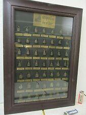 "49 alte Buddha Ton -Amulette Sammlung Thangka Holz Bild verglast Thailand ""1960"
