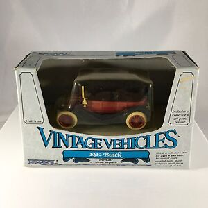 ERTL Vintage Vehicles 1912 Buick 1:43 Scale Die-Cast Metal Replica 1985