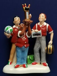 Dept 56 Snow Village- Yuengling Champs- Bowling Champs #799973 New Retired💖