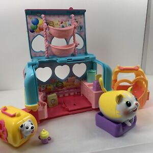 Chubby Puppies and Friends Vacation Camper Playset w/Chubby cat