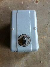 Woods of Colchester Ventilador Regulador Tipo AR30. Interruptor controlado Nuevo Viejo Stock