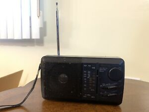 GPX AM/FM/TV/Weather Radio Model A309 Tested and Working  C11