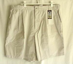 COLUMBIA SPORTSWEAR Khaki Tan Cotton Shorts Mens size 40 NEW