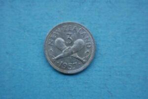 NEW ZEALAND  1957 THREE (3d) PENCE QUEEN ELIZABETH II COIN