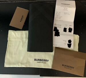 Burberry Wallet Gray/Black London Check and Continental Cavendish