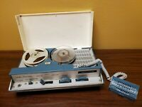 Vtg REALTONE 5 Portable Tape Recorder Model TR7637 as is unable to test reel to