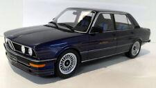 Voitures, camions et fourgons miniatures bleus en résine BMW