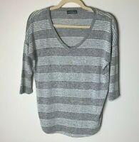 Market & Spruce Stitch Fix Women's Top Size Small V-Neck 3/4 Sleeves Gray White