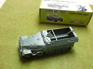 Airfix 1:32 boxed German half track