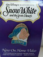 VINTAGE SLEEPY PIN WALT DISNEY MASTERPIECE SNOW WHITE THE SEVEN DWARFS VHS VIDEO