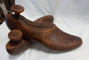 Vintage Wooden Shoe Trees size 9 / 4 keep shoe shape FONDON character shoe