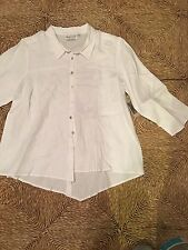 Habitat linen white shirt Mother Of Pearl Buttons .Size  M.NWT.