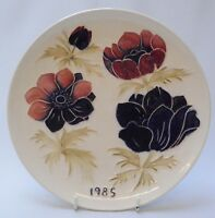 Moorcroft 1985 Year Plate - Poppies Pattern -  Made in England