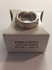 Avon Embellished Cross Ring White Size 8