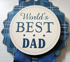 """""""WORLD'S BEST DAD"""" HANGING BADGE STYLE PLAQUE SIGN CHRISTMAS STOCKING FILLER! BN"""