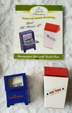1997 Hallmark Kiddie Car Corner Classics Newspaper Box And Trash Can Qhg3613