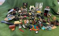LOT OF HARRY POTTER LEGO MINIFIGURES (30) and over 125 other pieces see pics