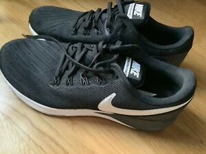 Nike Herren Lauf Schuhe Zoom Structure 22 Größe 45,5 schwarz