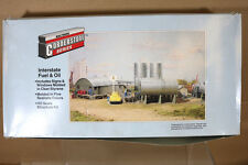 WALTHERS CORNERSTONE 933-3006 INTERSTATE FUEL & OIL DEPOT MODEL KIT ng