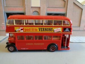 EFE 20201 LONDON TRANSPORT STD 145 Bus On the 38A to Victoria 1/76 B2
