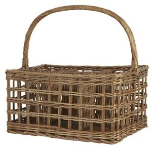 Willow Basket With Handle and 6 Rooms by Ib Laursen