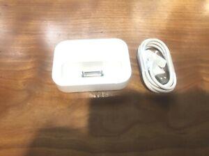 Apple iPod Classic Dock. White  - Excellent Condition!! Model M9602GA