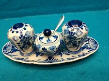 DELFT  PEPPER SHAKERS WITH SALT CELLAR AND SPOON MADE IN HOLLAND~VINTAGE~ NIB