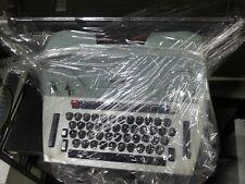 OLD TYPEWRITER MACCHINA DA SCRIVERE OLIVETTI 84 MADE IN ITALY