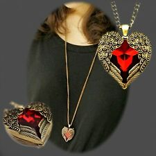 Necklace & Earrings CAPTURED HEART You wrapped my heart in your angel wings...