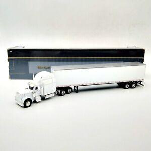 SpecCast 1:64 Peterbilt Model 379 Stock #3285 Collectibles Diecast Metal Truck