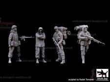 1/35 Resin Figures ~ British Marines & Prisoner  Falklands ~ Black Dog F35088