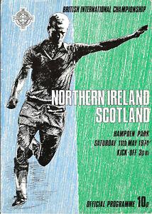 Programme NORTHERN IRELAND 1974 v Scotland International match 11/05/1974