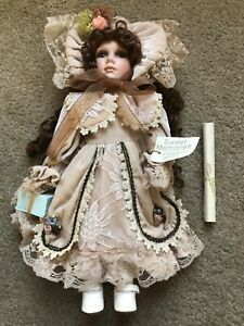 """SHOW STOPPERS """"SWEET MEMORIES"""" PORCELAIN DOLL W/ CERTIFICATE, VERY NICE LOOK!!"""