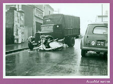PHOTO DE POLICE CONSTAT CRASH ACCIDENT, CAMION CITROËN, SCOOTER ,VINTAGE -J50