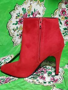 Madden Girl Women's Sally Ankle winter Boot, Red suede like, Sz a6 retail 70$