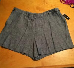 $80 Women's   shorts blue  linen plus 24W p200 ddd