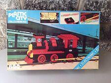 ITALOCREMONA PLASTIC CITY #822 Vintage train TRENO ELECTRONIC ELETTRONICO