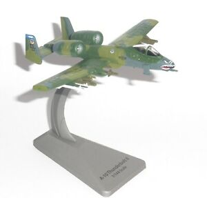 A-10 Thunderbolt II US Air Force Smithsonian Diecast Model Scale 1/144
