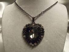 FUNKY COOL Design CHUNKY Gunmetal HEART Rhinestones GLASS Center Necklace 14N551
