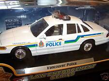 FORD CROWN VICTORIA VANCOUVER POLICE 1:24 DIECAST MODEL