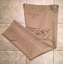 DOCKERS D4 * Mens Khaki RELAXED FIT Casual Pants * Size 32 x 30 * EXCELLENT