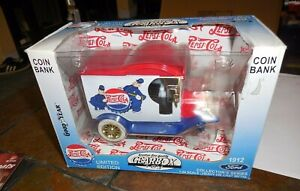 1/24 Scale Gearbox Toy Coin Bank 1912 Ford Pepsi Cola Delivery Truck  & Box