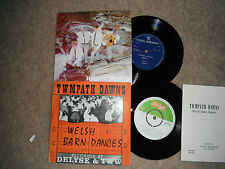 """WELSH POP / FOLK 7"""" x 2  WITH INSERT TWMPATH DAWNS + HOGIA'R WYDDFA 1962 & 1968"""