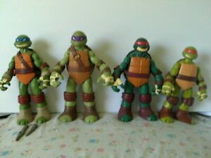 Nickelodeon Teenage Mutant Ninja Turtles: Battle Shell 10-inch Action Figures