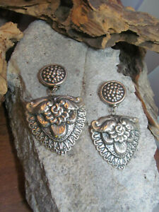 Vintage TAXCO 925 Sterling Silver Repousse Clip On Earrings 10.6g Mexico
