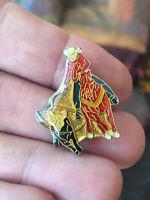 Rodeo Cowboy enamel pin vintage west Texas hat lapel bag 80s 90s souvenir Bull