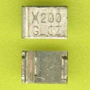 40× Raychem SMD200-2 RESETTABLE FUSE 15V 4A (2A) PolySwitch 9.4×6.71mm SMD SMT †