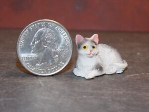 Dollhouse Miniature Pet Cat Black Gray Animals 1:12 scale Y13 Dollys Gallery