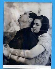 LUCIA BOSÉ L. M. DOMINGUÍN en  Le Testament d'Orphée  COCTEAU FOTO  PRENSA 1960